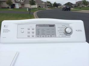 NICE! LG Frontloading Washer & MATCHING Electric Dryer {Deliv. Avail}